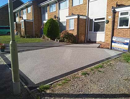 resin bonded drive with car in Emsworth